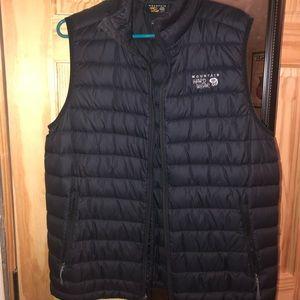 Mountain Hardware vest. Unisex M.